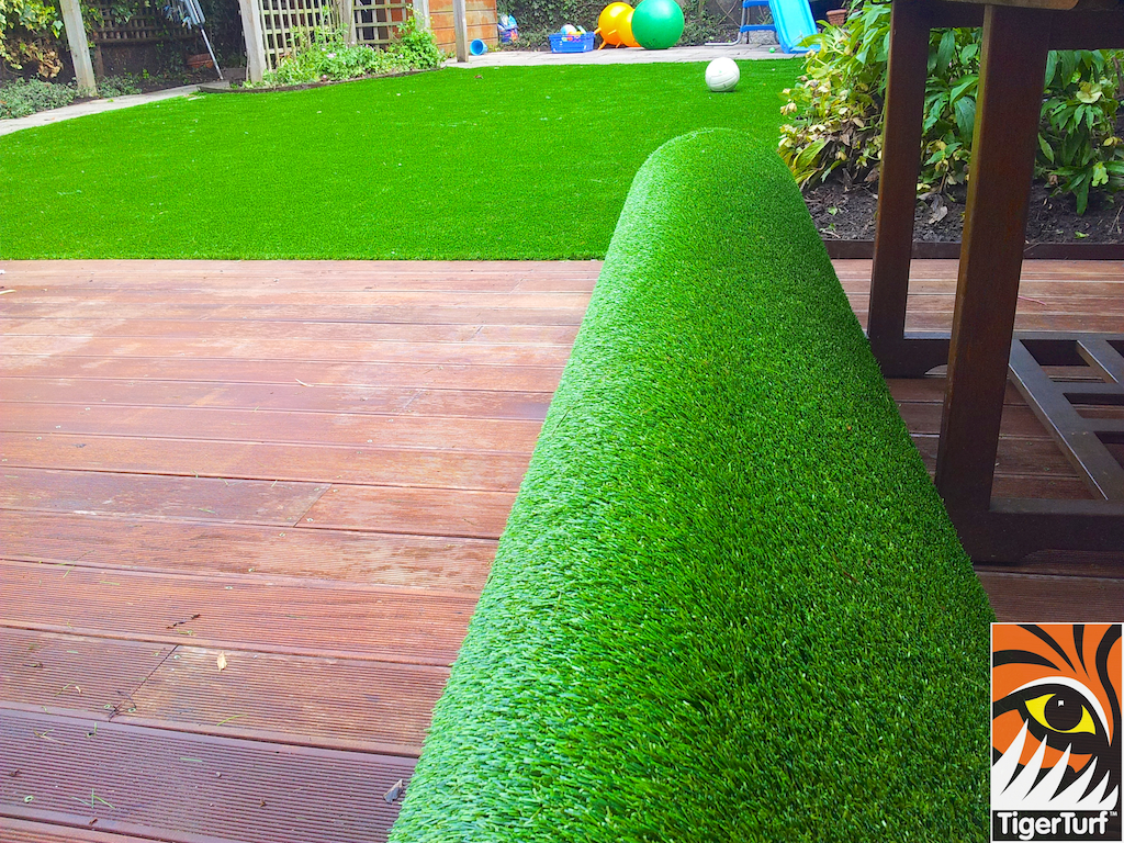 decking and lawn turf 765.jpg