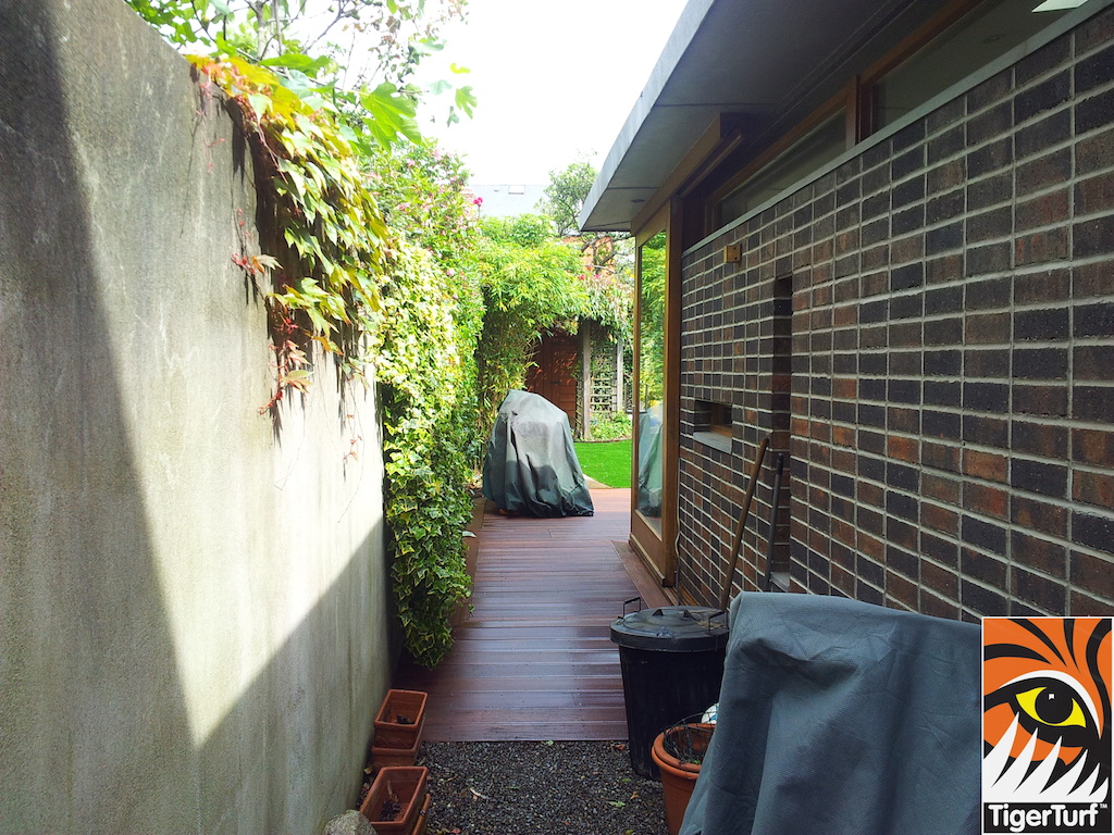 decking and lawn turf 774.jpg