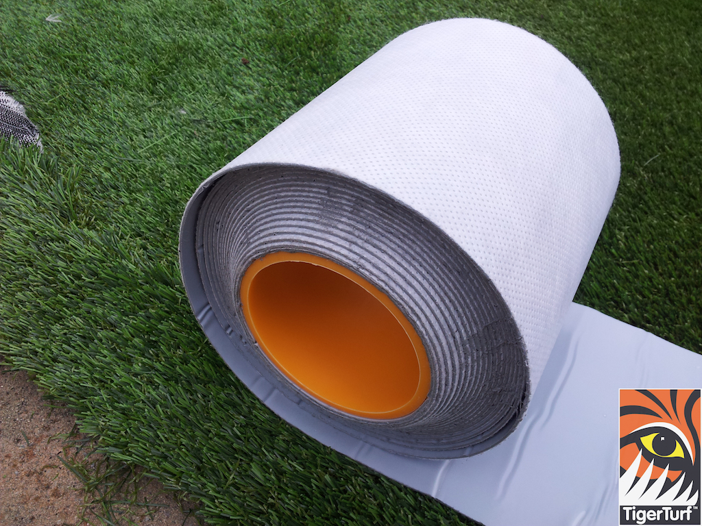 roll of seaming tape