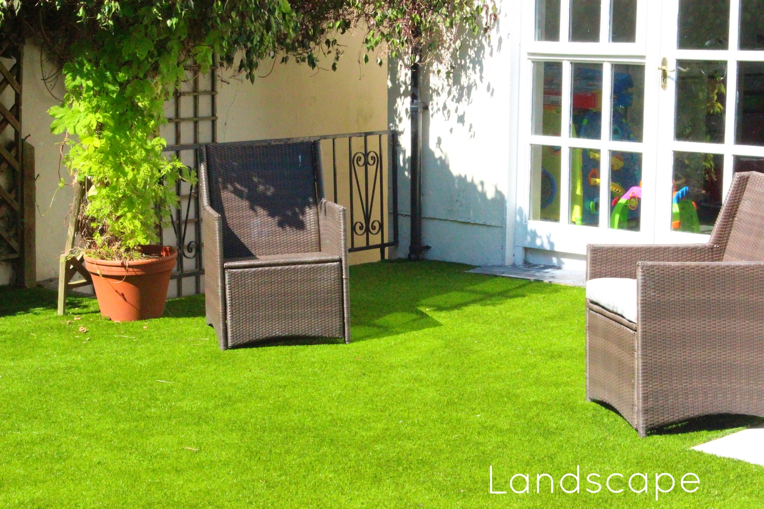 TigerTurf Finesse Lawn and Patio