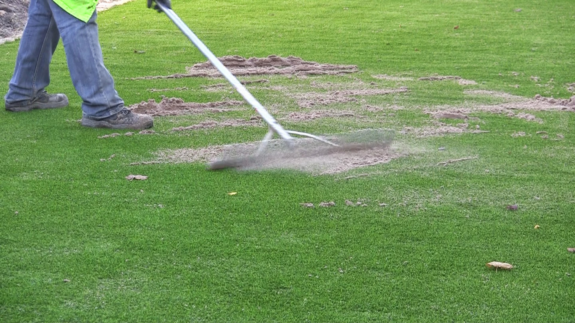 brushing of synthetic grass