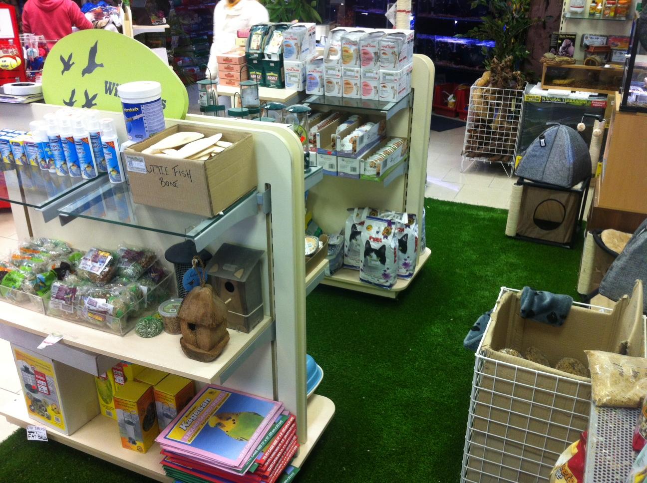TigerTurf in Pet Shop