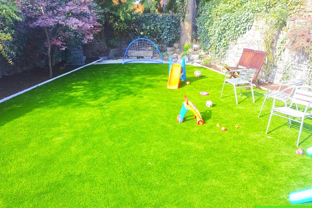 Garden design with TigerTurf Lawn 59.jpg