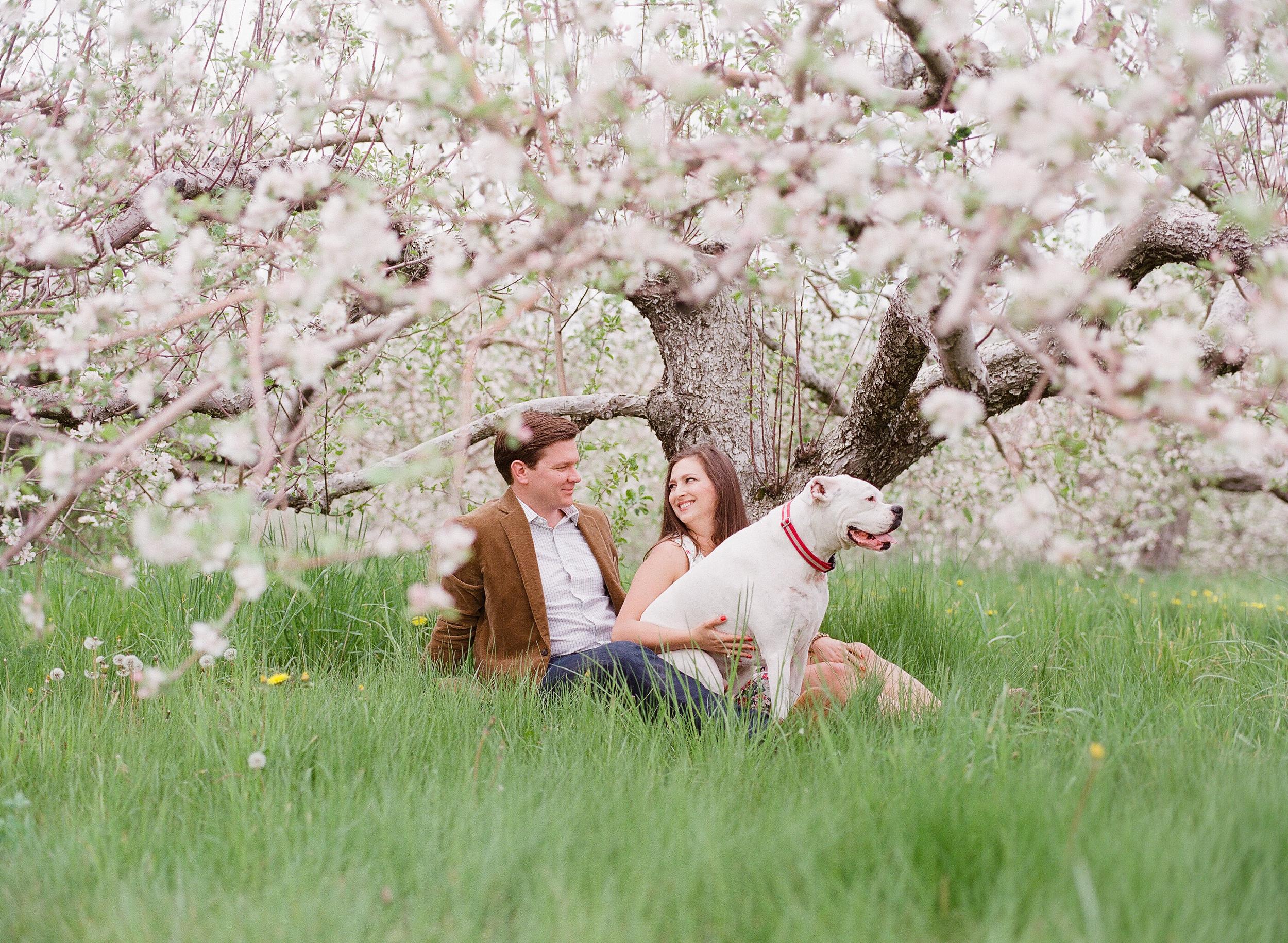 Kim_Andrew_Applecrest_Engagement-2.jpg