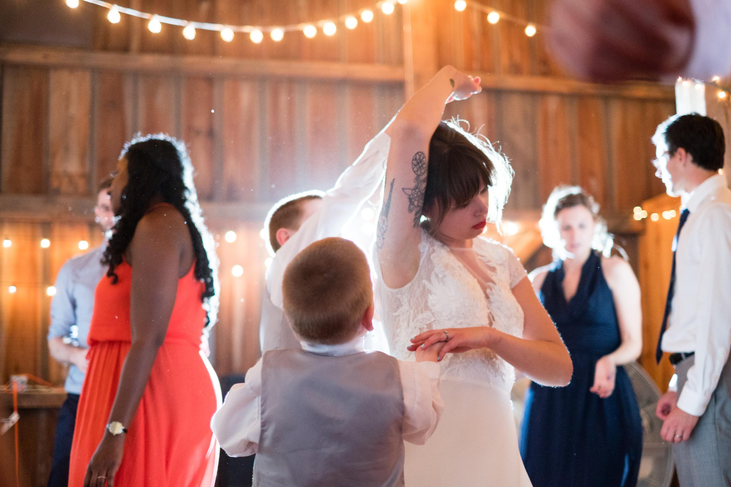 Todd_Emily_Sutliff_Wedding_Iowa-109.jpg