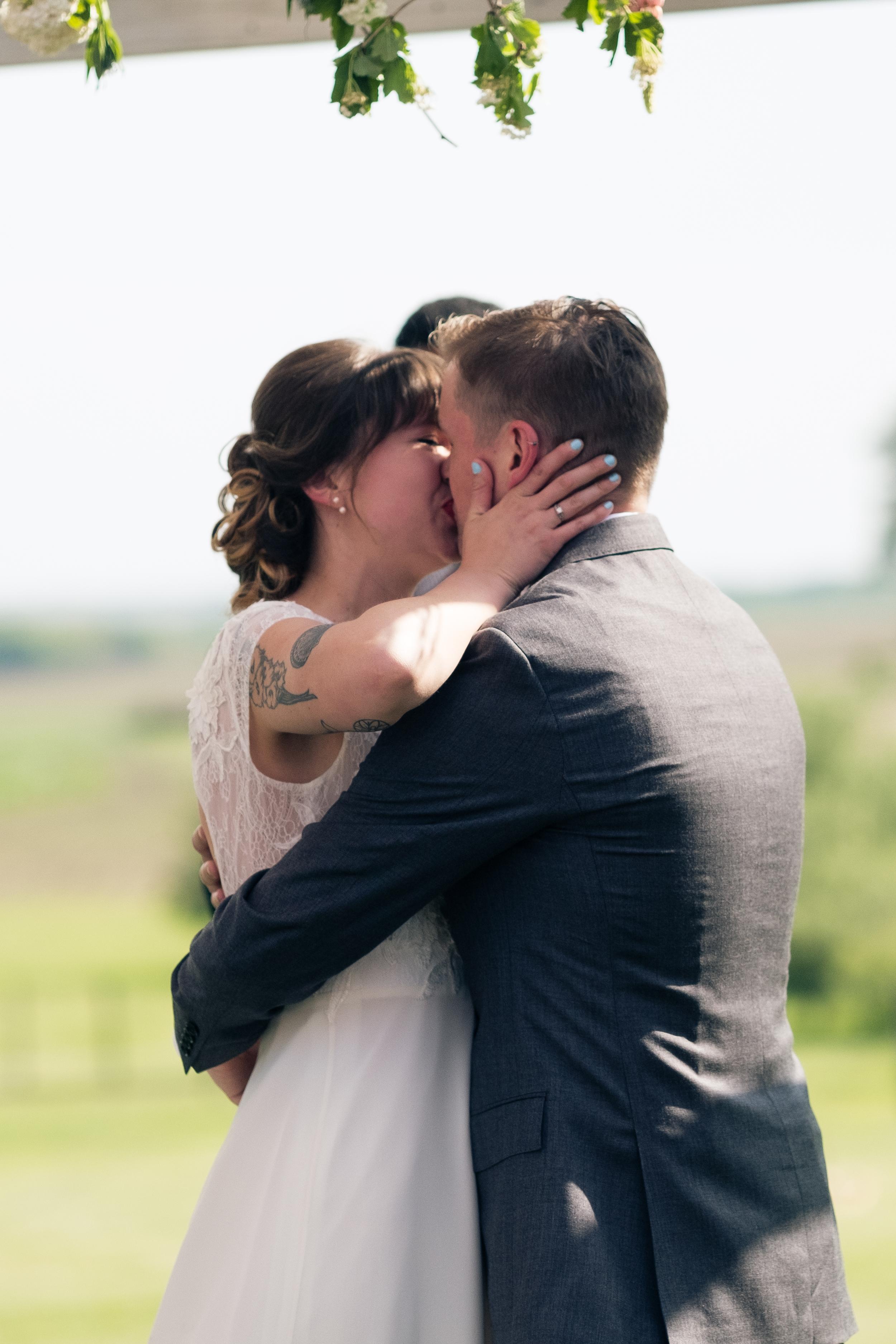 Todd_Emily_Sutliff_Wedding_Iowa-65.jpg