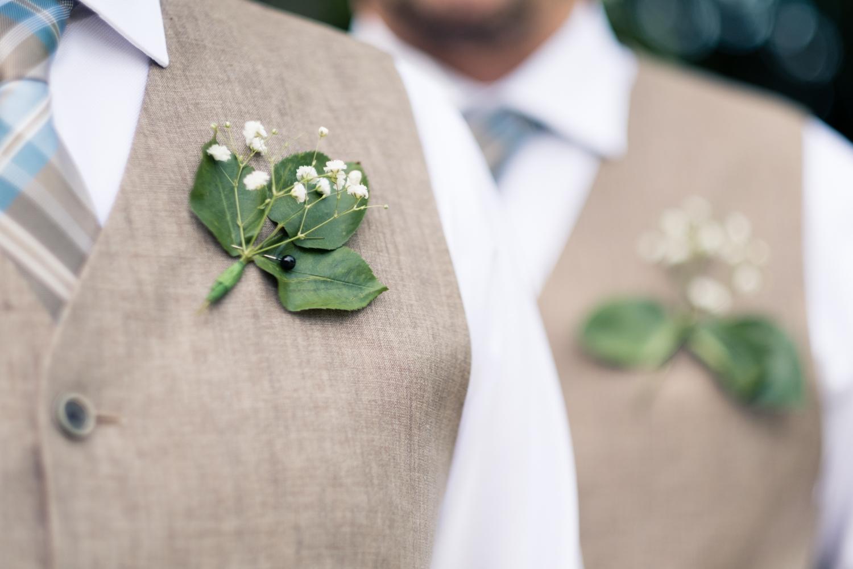 Clare_Matt_Michigan_Wedding-16.jpg