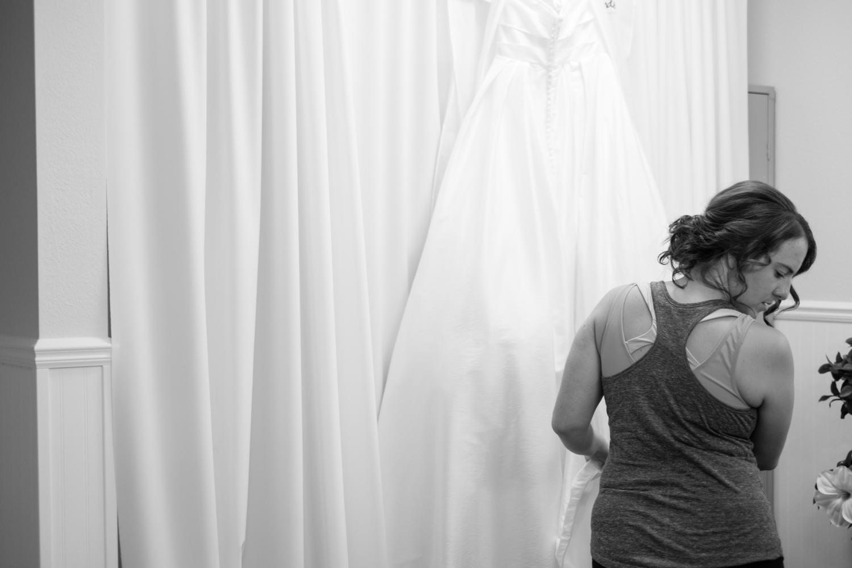 Clare_Matt_Michigan_Wedding-24.jpg