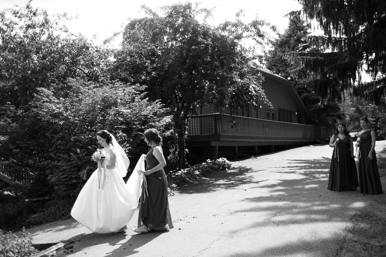 Clare_Matt_Michigan_Wedding-32.jpg