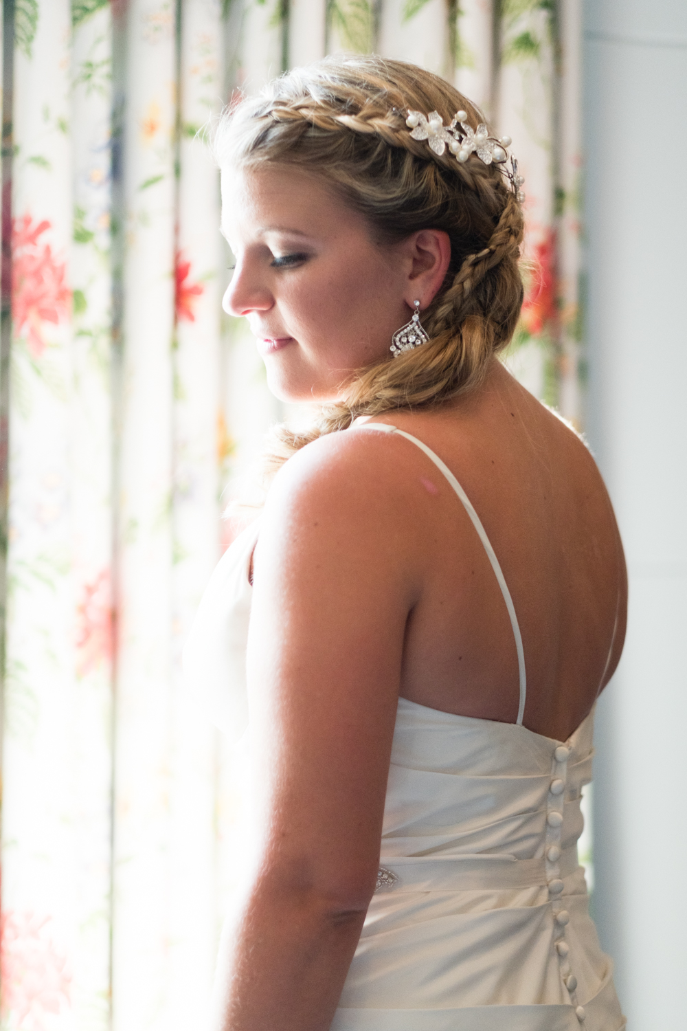 Kristen_Travis_Narragansett_Wedding-11.jpg