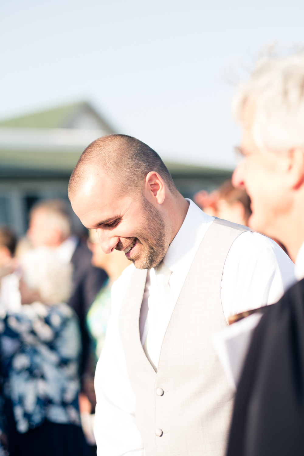 Kristen_Travis_Narragansett_Wedding-18.jpg