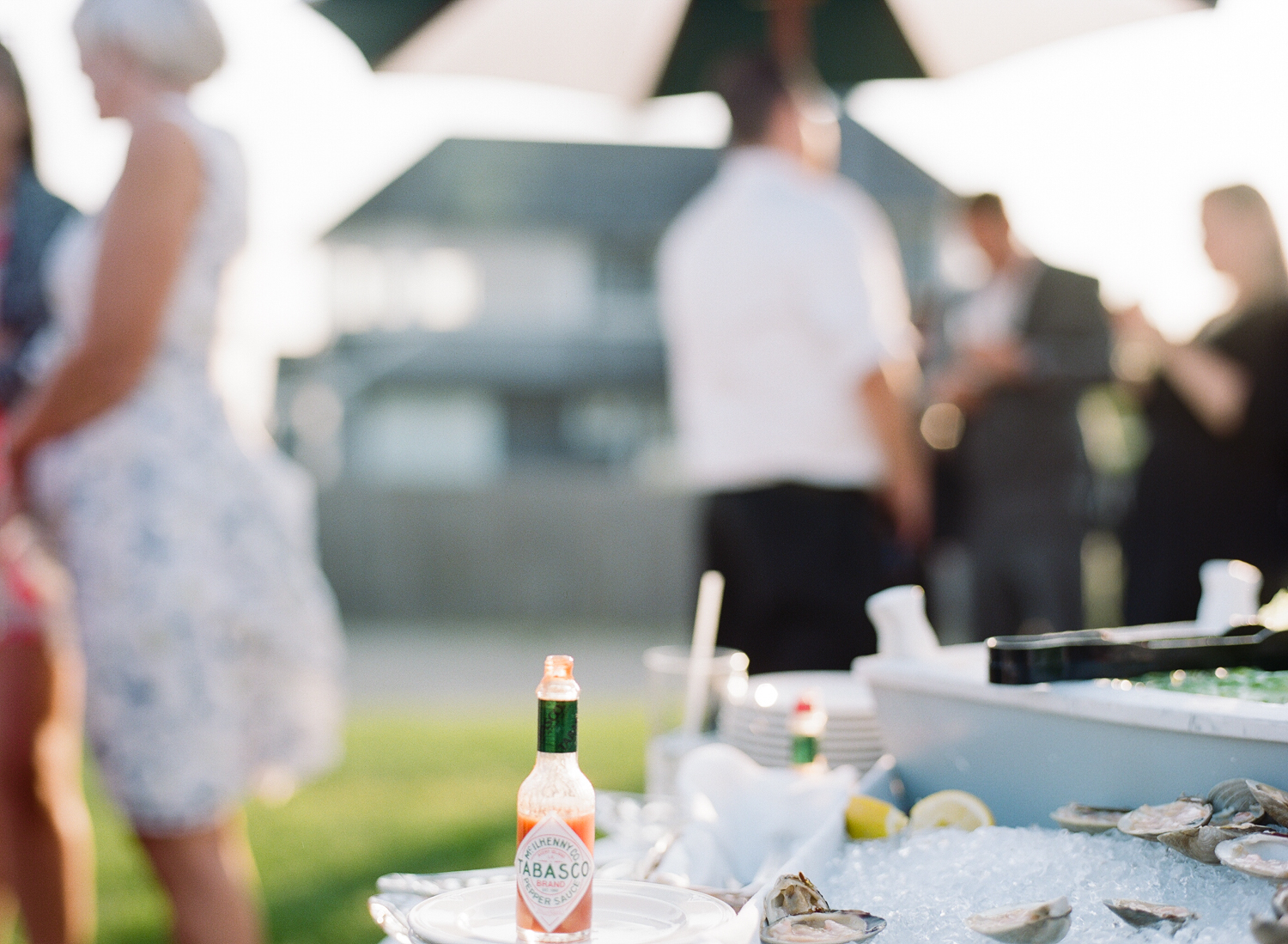 Kristen_Travis_Narragansett_Wedding-28.jpg