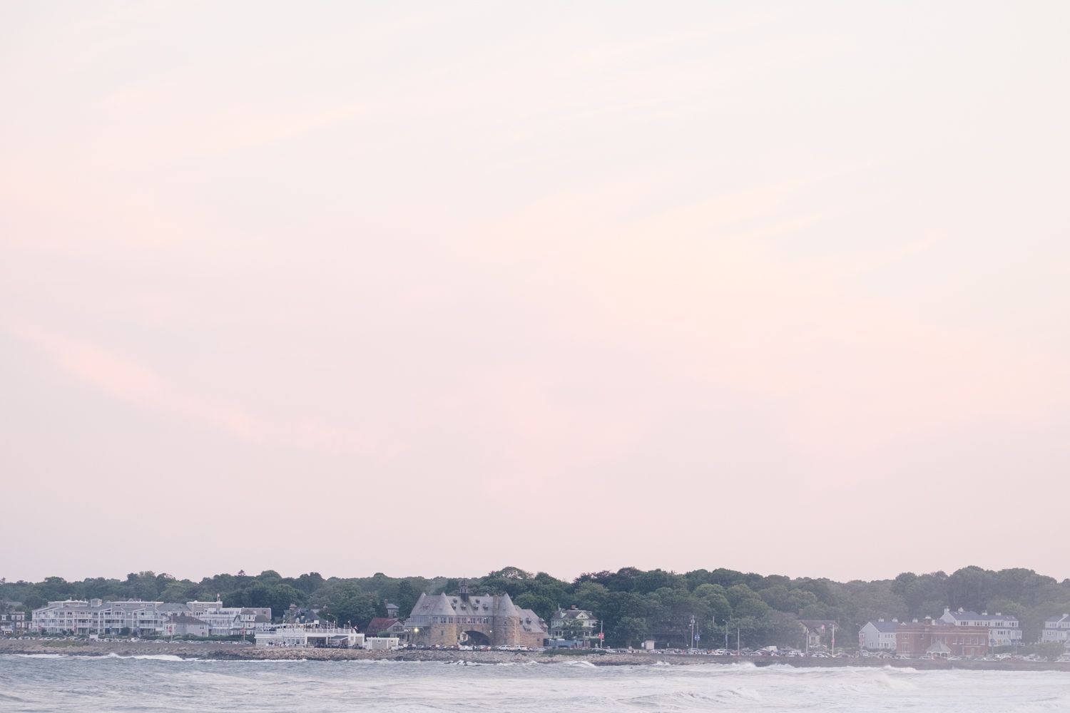 Kristen_Travis_Narragansett_Wedding-38.jpg
