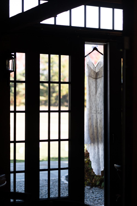 Kim_Andrew_Flanagan_Farm_Maine_Wedding-11.jpg
