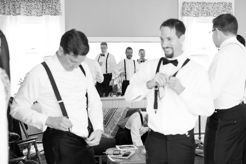 Kim_Andrew_Flanagan_Farm_Maine_Wedding-21.jpg