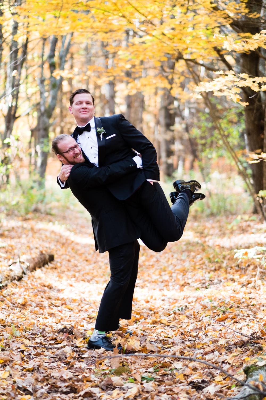 Kim_Andrew_Flanagan_Farm_Maine_Wedding-37.jpg