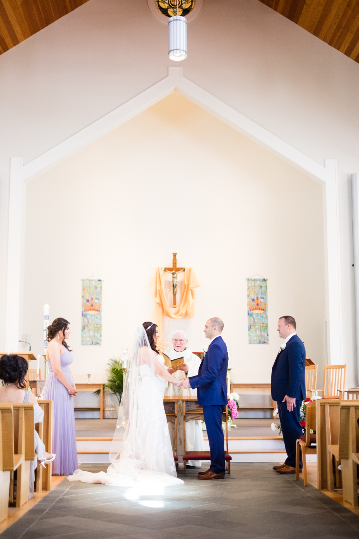 Tiare_Dan_BeeandThistleInn_Connecticut_Wedding-11.jpg