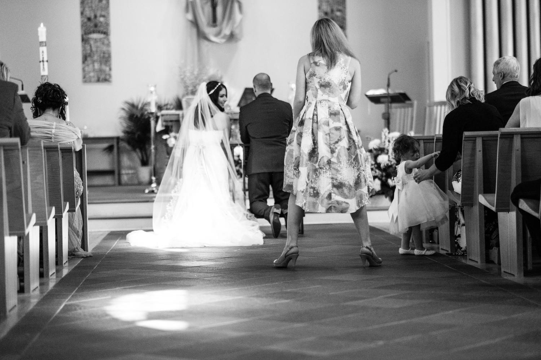 Tiare_Dan_BeeandThistleInn_Connecticut_Wedding-14.jpg