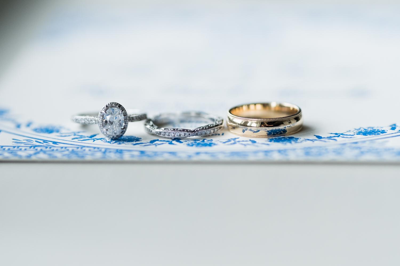 Alia_Ryan_Cliff_House_Maine_Wedding-5.jpg