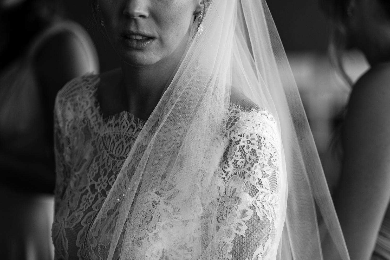 Alia_Ryan_Cliff_House_Maine_Wedding-21.jpg