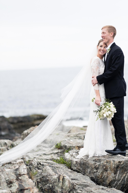 Alia_Ryan_Cliff_House_Maine_Wedding-79.jpg