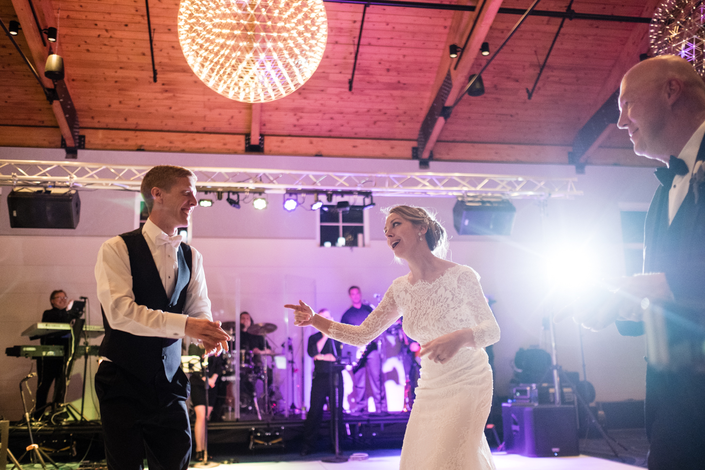 Alia_Ryan_Cliff_House_Maine_Wedding-102.jpg