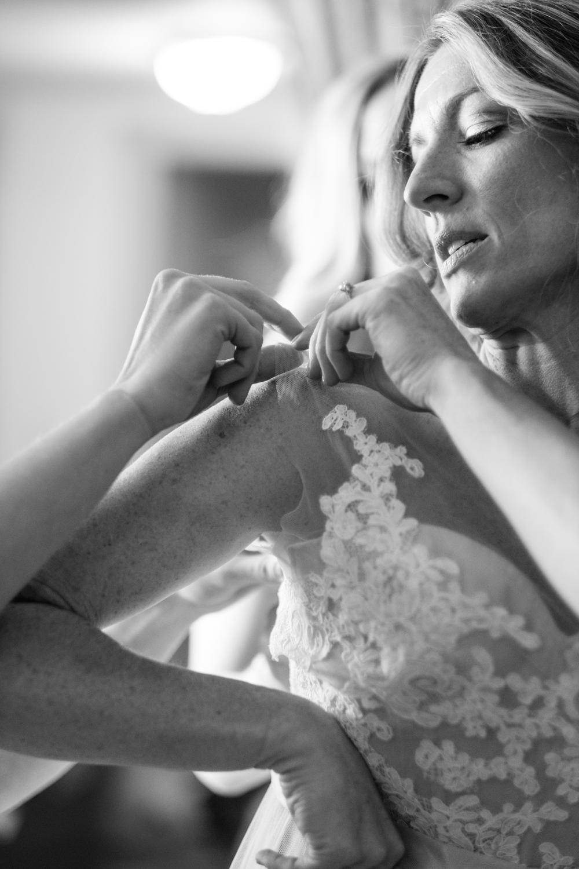 Kirsten_Zack_Maine_Wedding-16.jpg