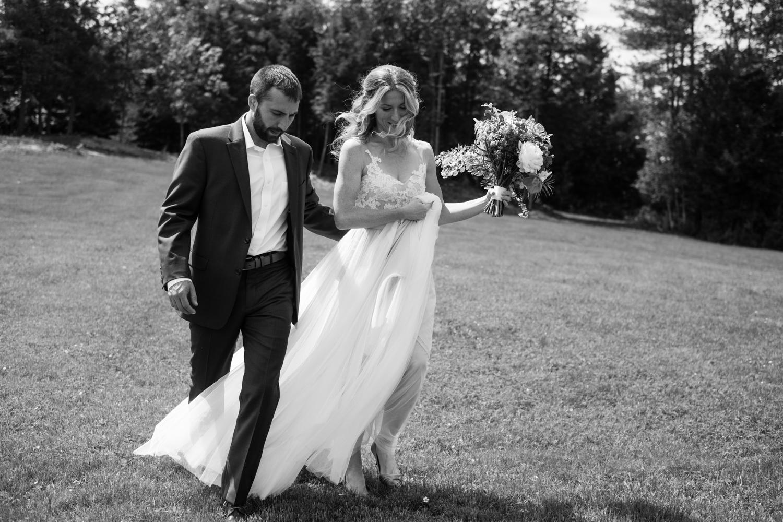 Kirsten_Zack_Maine_Wedding-32.jpg