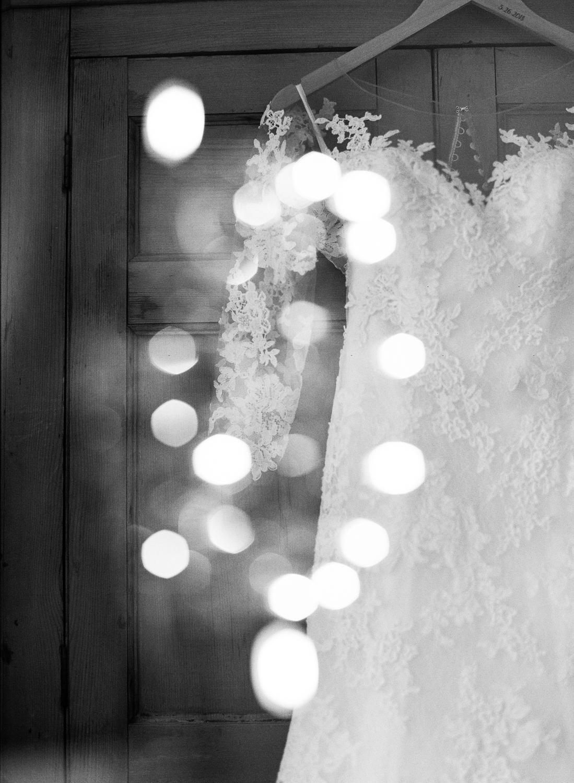 Brittany_Scott_Boston_Wedding-3.jpg