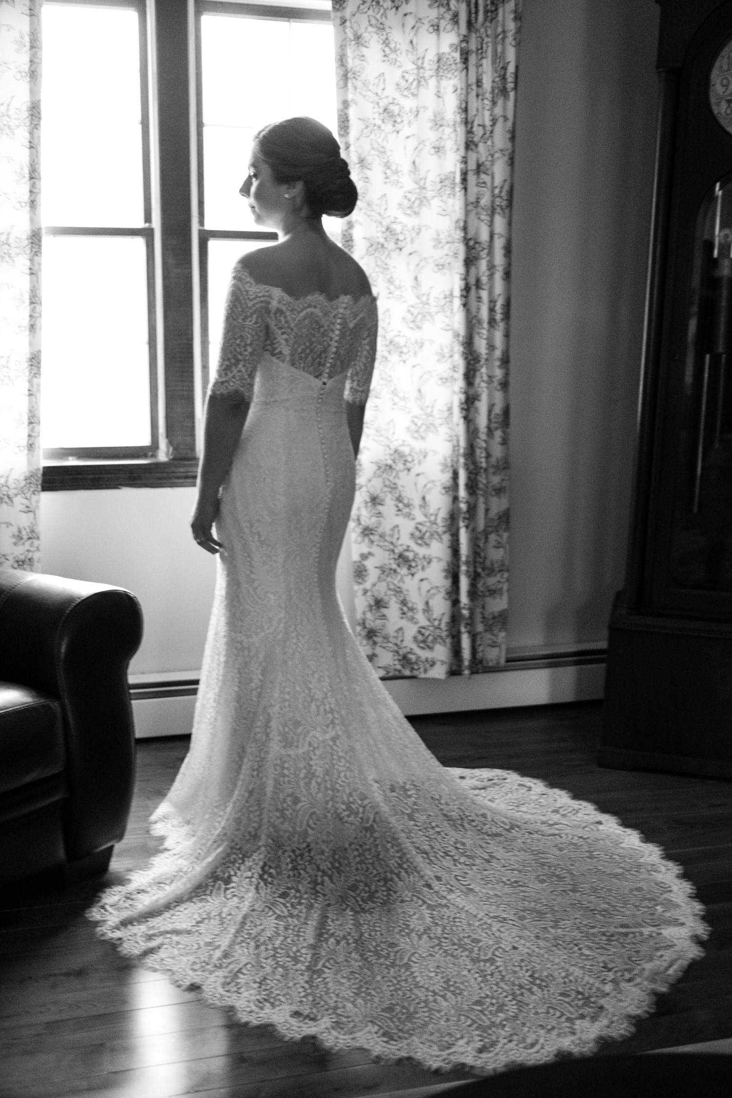 Kate_Phil_Currier_Museum_Wedding_New Hampshire-13.jpg