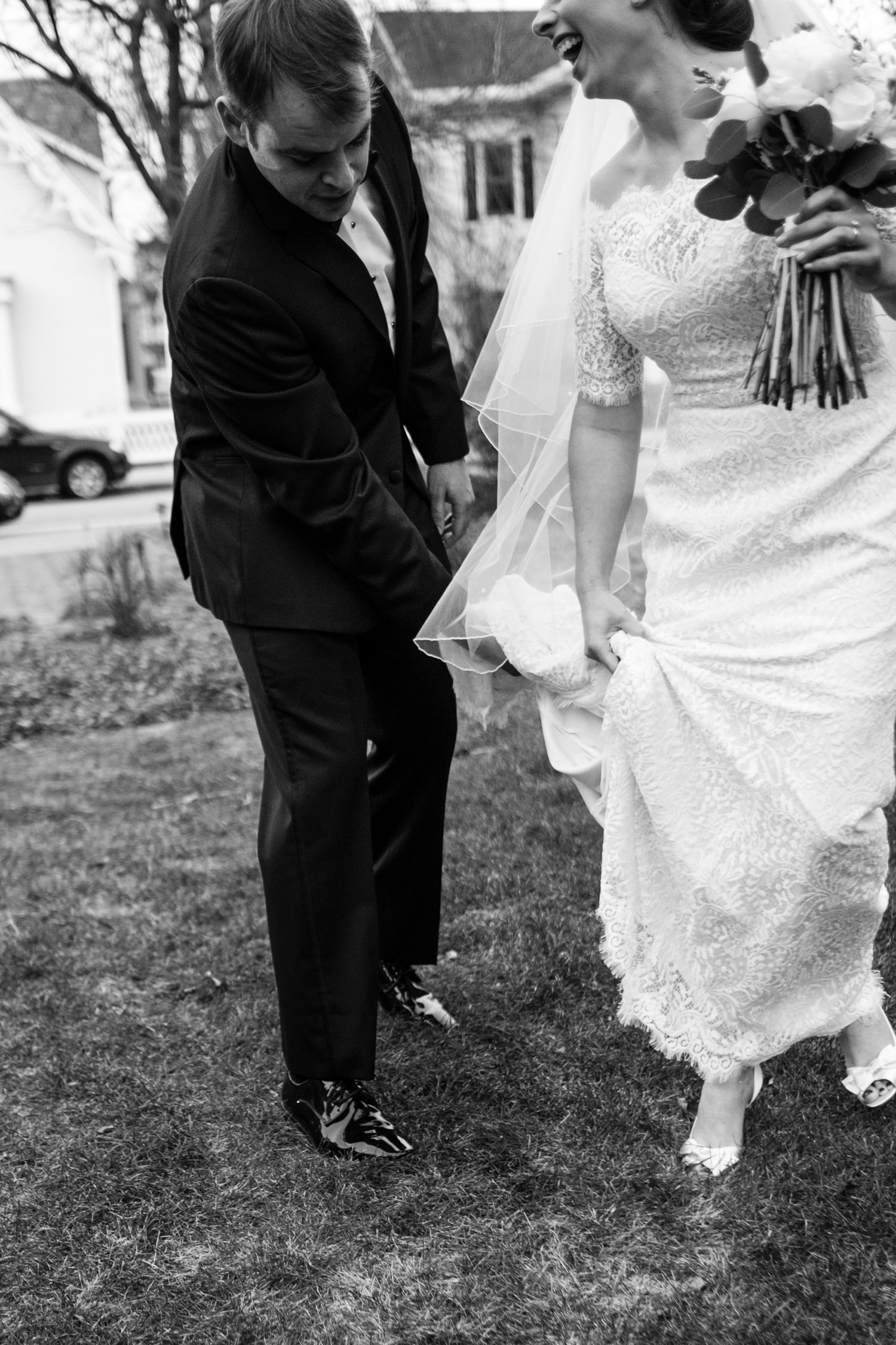 Kate_Phil_Currier_Museum_Wedding_New Hampshire-17.jpg