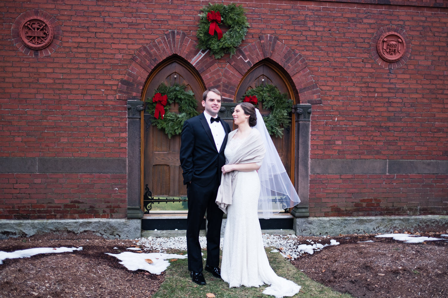 Kate_Phil_Currier_Museum_Wedding_New Hampshire-18.jpg
