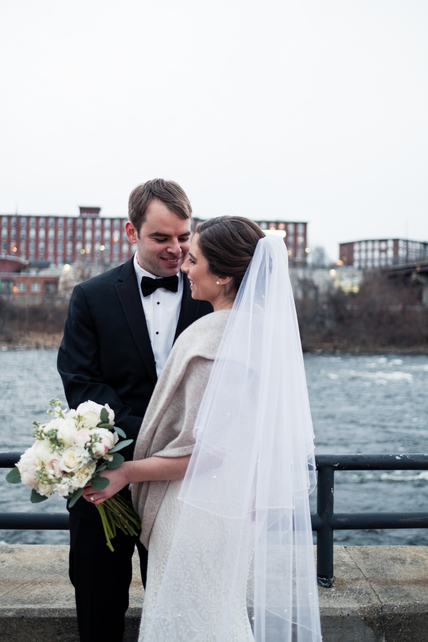 Kate_Phil_Currier_Museum_Wedding_New Hampshire-20.jpg