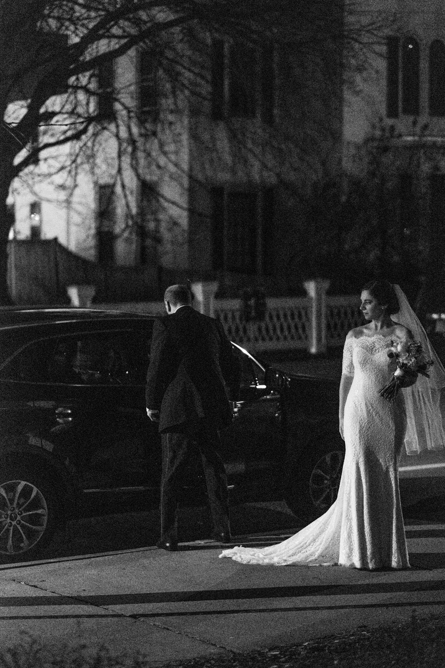 Kate_Phil_Currier_Museum_Wedding_New Hampshire-30.jpg