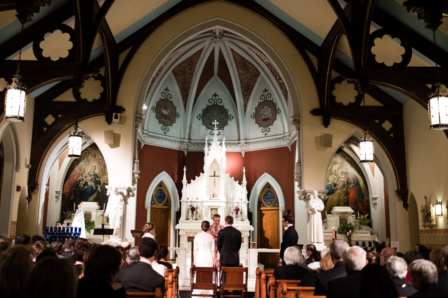 Kate_Phil_Currier_Museum_Wedding_New Hampshire-34.jpg