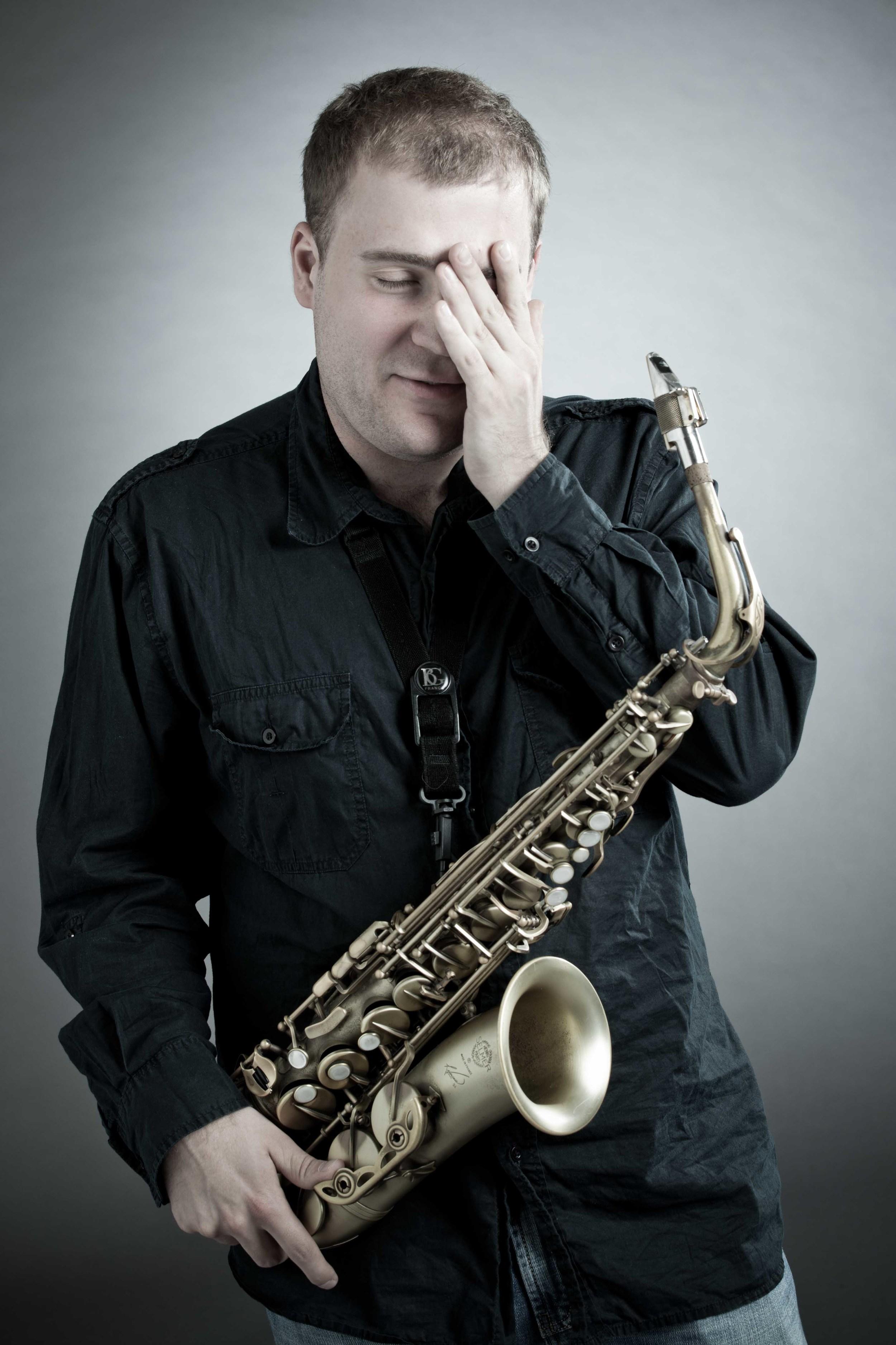 Marek-Tomaszewski-Sax-Player-Photo-Session