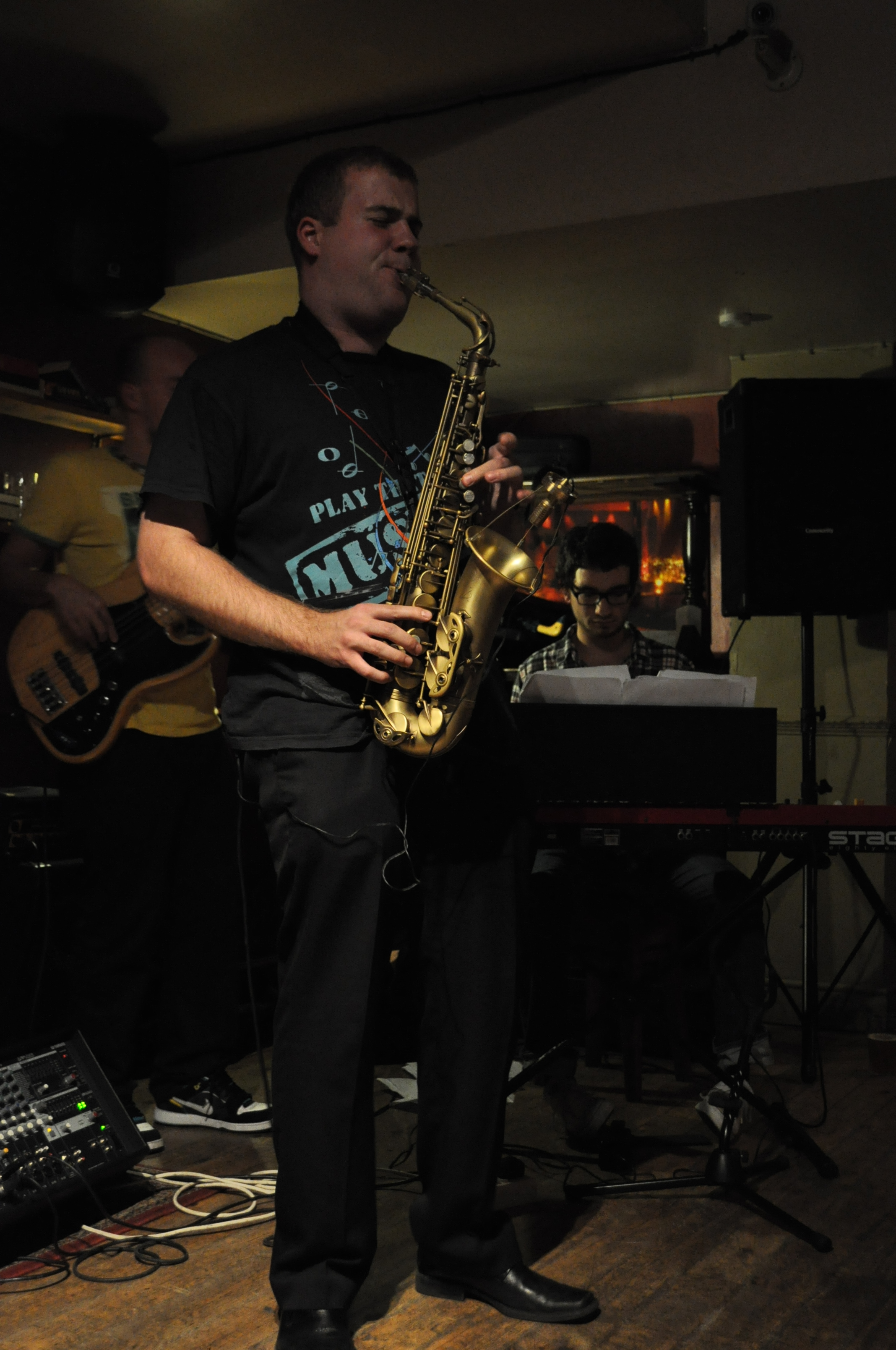 Marek-Tomaszewski-Sax-Player-Concert-The-Dignity