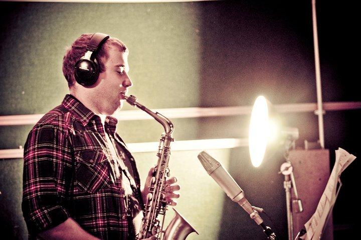 Marek-Tomaszewski-Sax-Player-Recording-Session