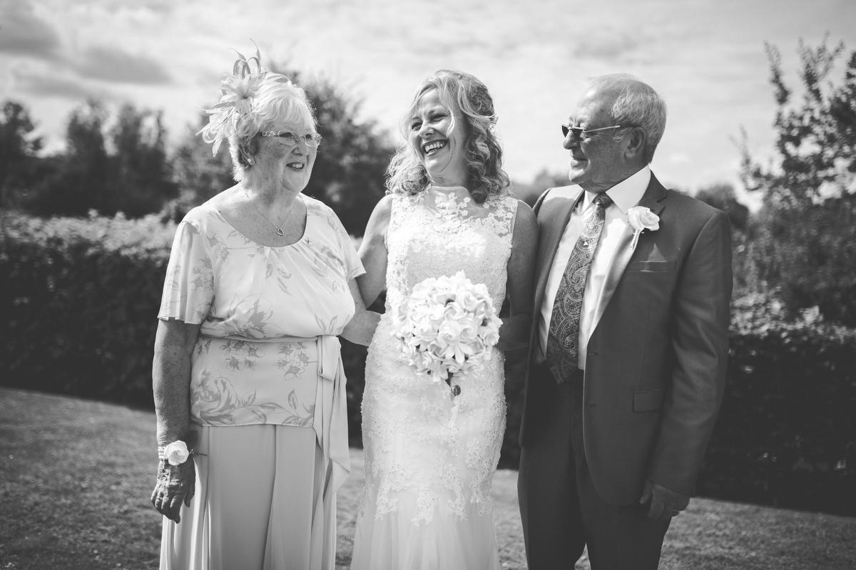 Steve Wood wedding photographer-ROCHESTER-AUG 20151090.JPG