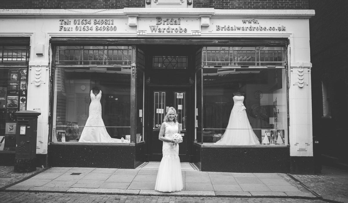 Steve Wood wedding photographer-ROCHESTER-AUG 20151101.JPG