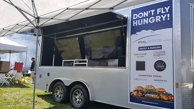 Tailgate for the Philadelphia airport  resturants participating in todays #phillyburgerbrawl #tailgate #tailgaterentals #tailgating #tailgateparty #tailgatingparty #tailgatemafia #philadelphia #philly