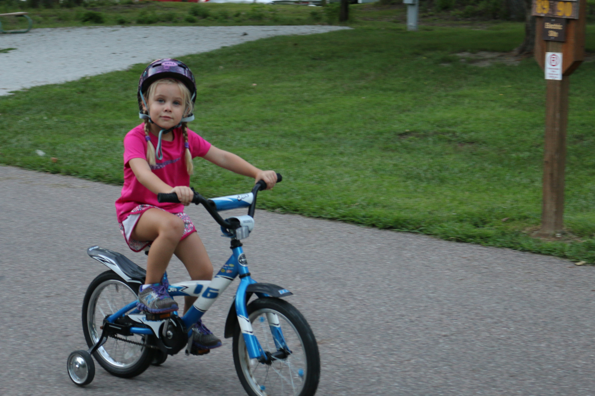 Anwen riding around the campground: Lewis and Clark SP.