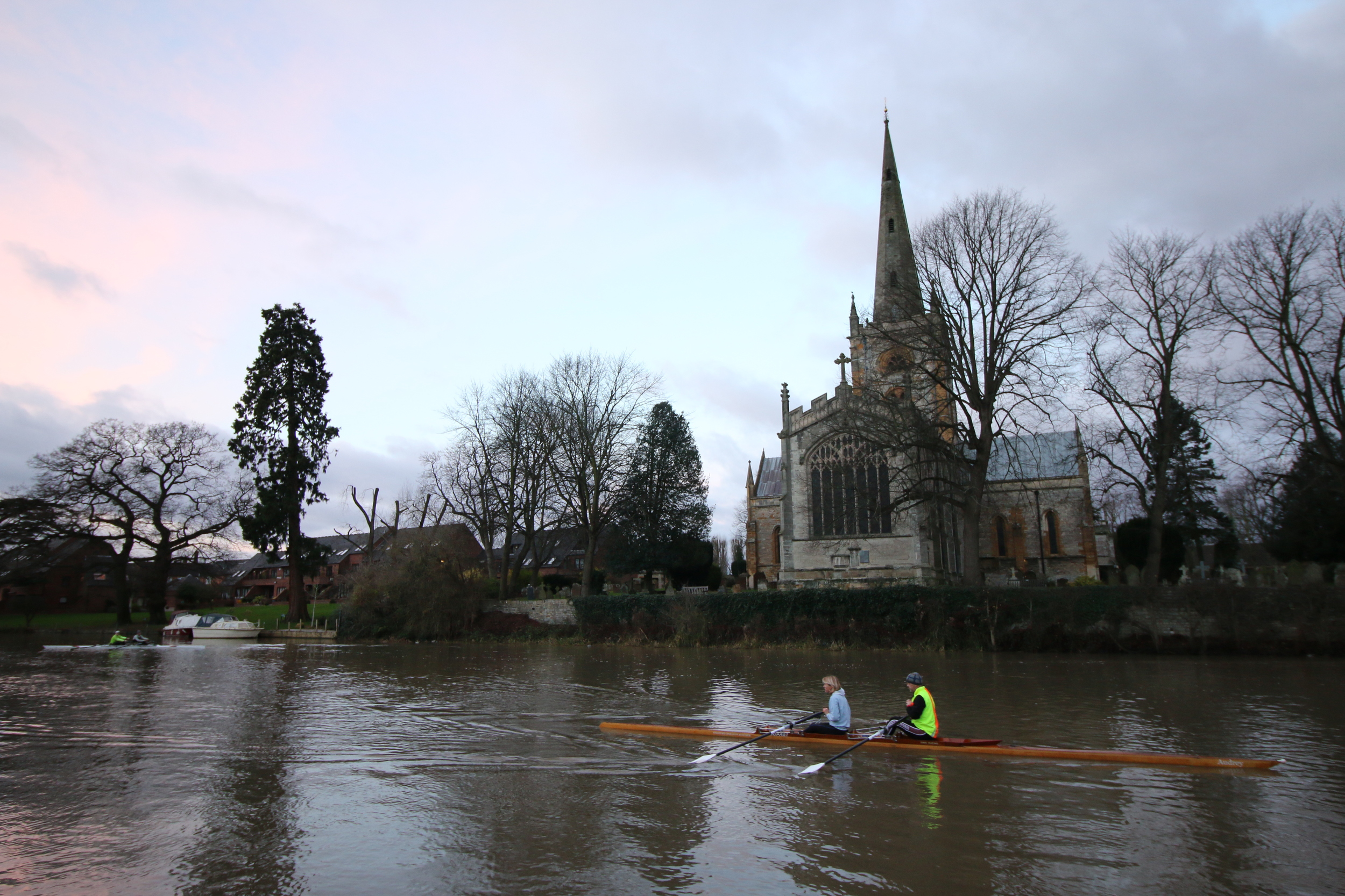 Rowers at dawn, Stratford-upon-Avon: they're a keen bunch.