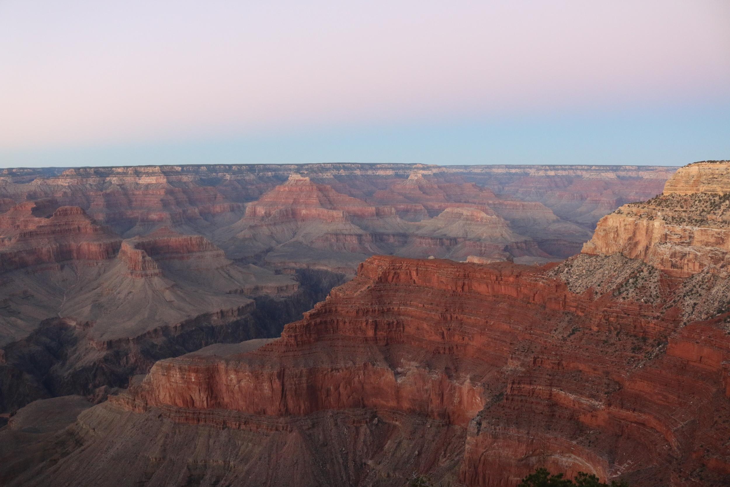 Grand Canyon NP: approaching senset.