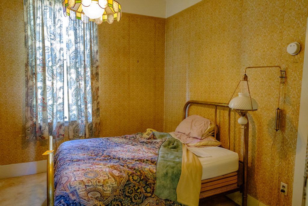 These rooms were available for rent only a few weeks ago, and the bedding looks about 20 years old.