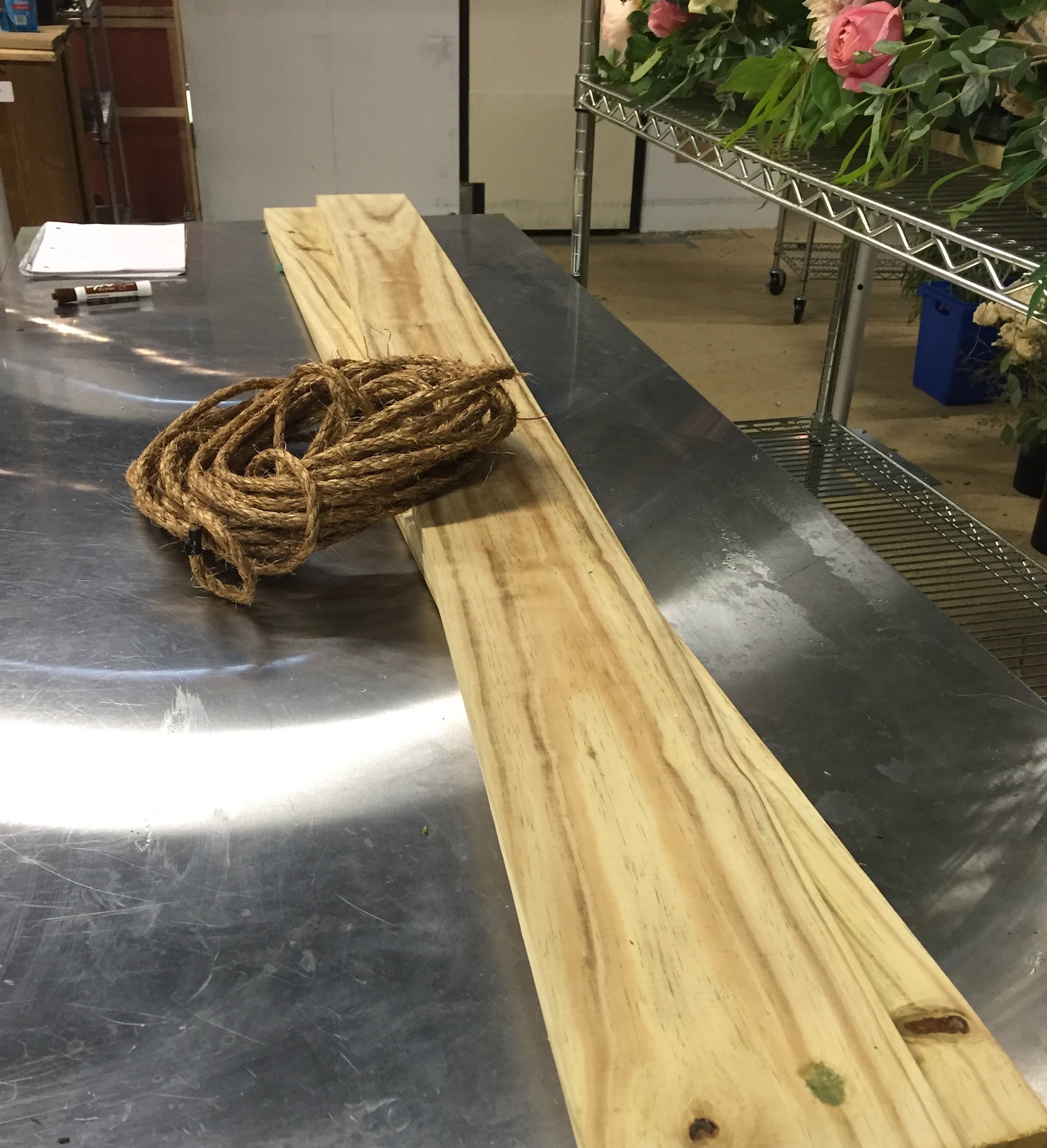 Oak planks and strength-certified rope