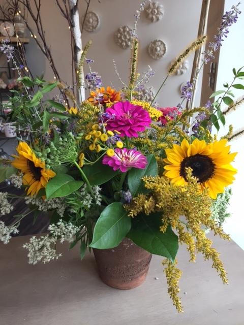 Morris-flowers-final-arrangement