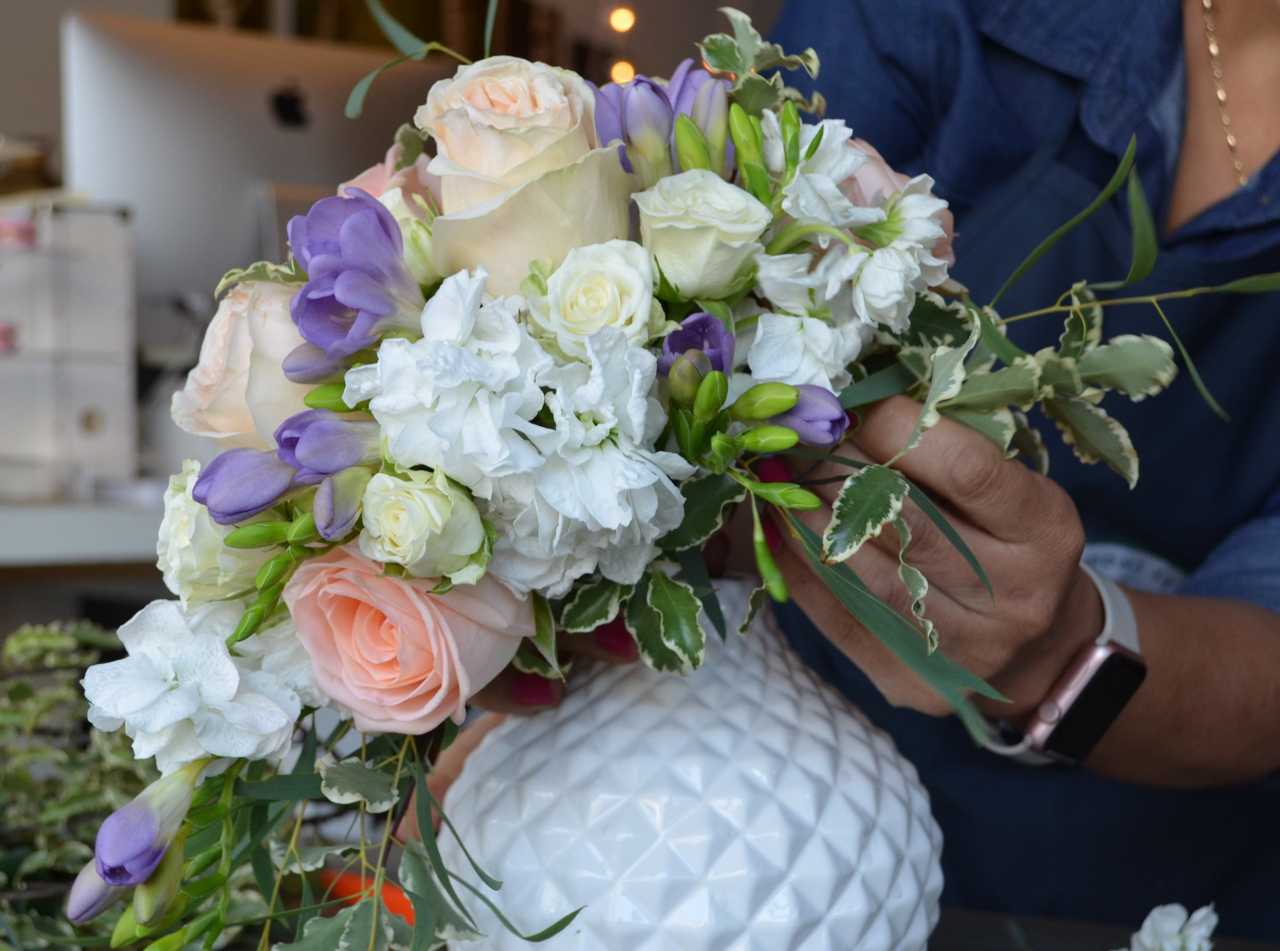 A simple  cascading  bouquet made in the fashion of 1988 in our studio.  Click   here   for more information.