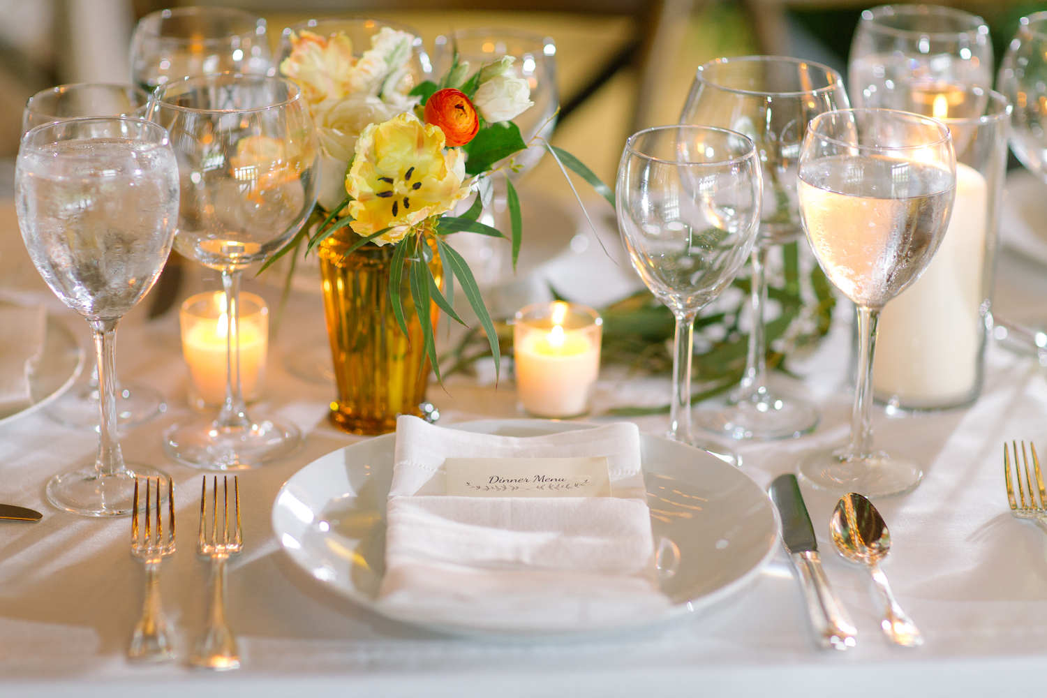 Accent piece on head table at    Riverside on the Potomac    photographed by    Sarah Beth Photography   .