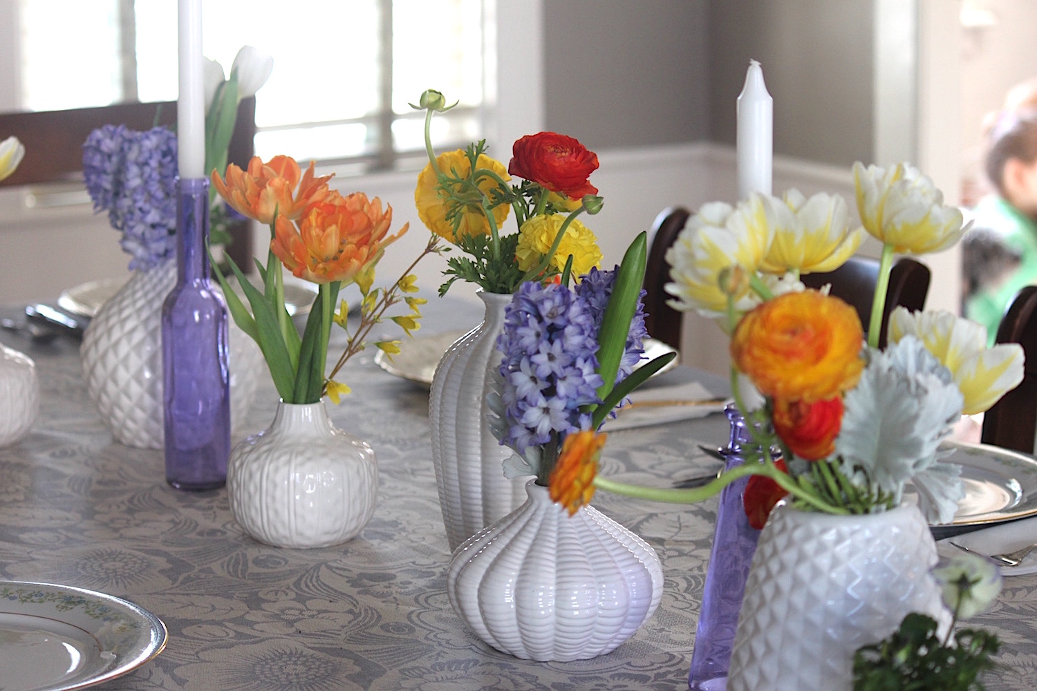 Easter-colorful-table-scape-use-this.jpg